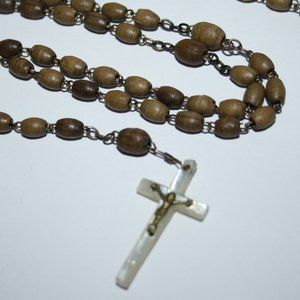 Vintage wooden and mother of pearl rosary necklace